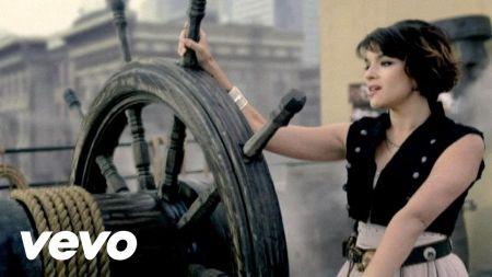 The top 10 best Norah Jones songs
