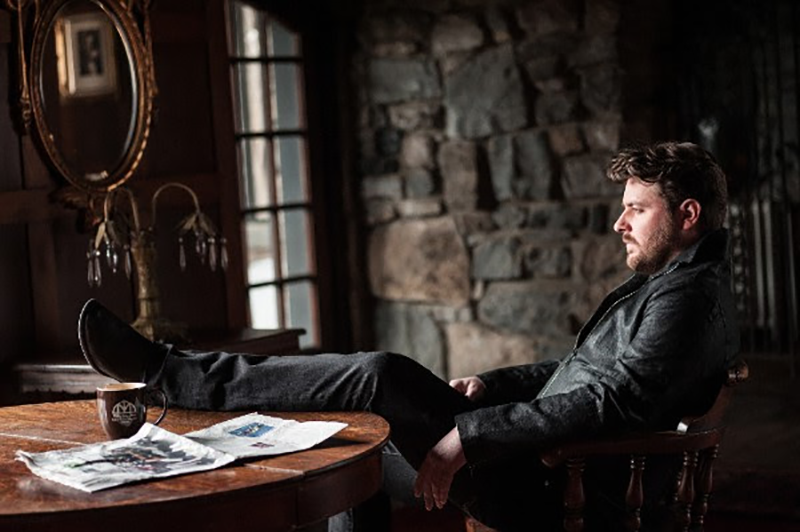 Chris Young ships new single 'Sober Saturday Night' to country radio.