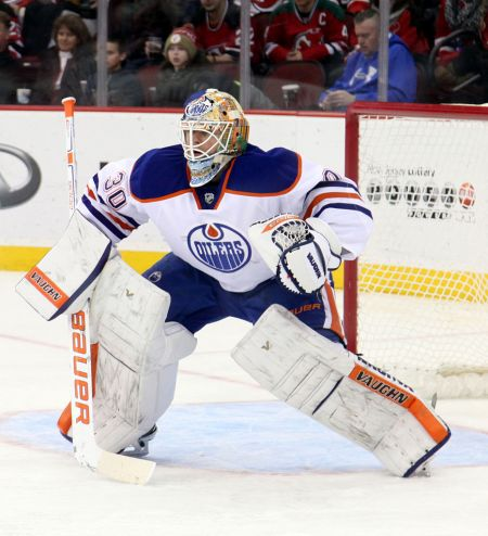 Scrivens to play in the KHL