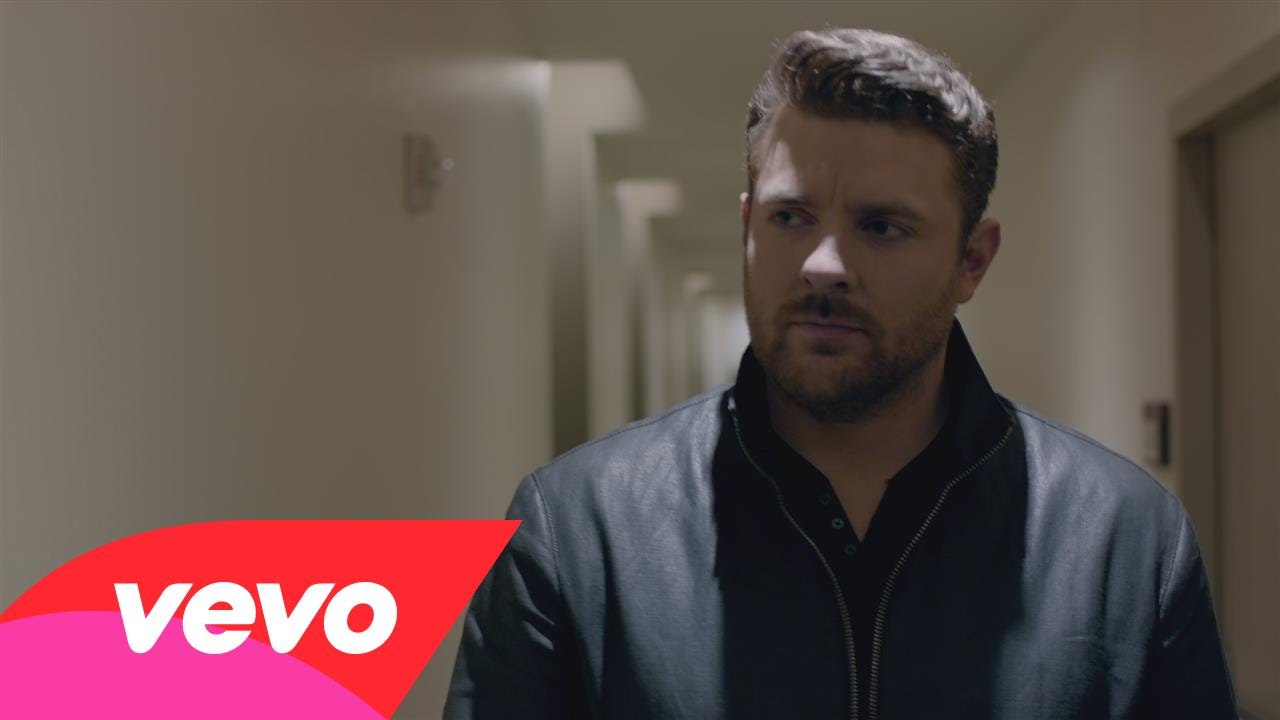 Chris Young 'Coming Over' in new tour this fall