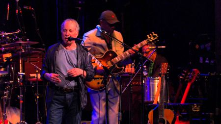 Paul Simon joins the 'All for the Hall' lineup