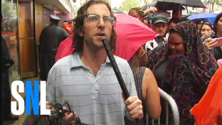 Watch: 'SNL' star Kyle Mooney interviews Justin Bieber fans
