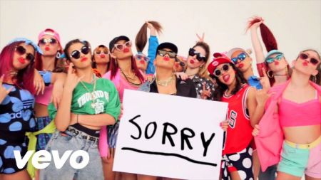 Justin Bieber says 'Sorry' to his fans in Argentina