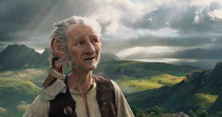 Steven Spielberg brings The BFG to fun life on the big screen