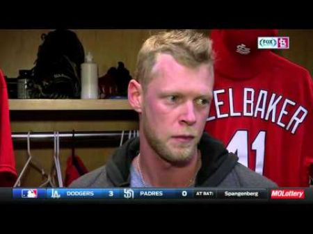 Diamondbacks add outfield depth by acquiring Hazelbaker from Cardinals