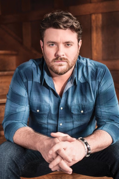 Chris Young establishes scholarship for Middle Tennessee State University.