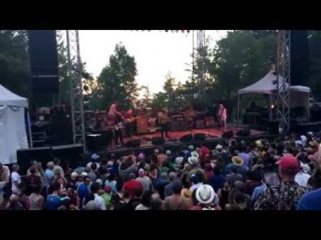 Wilco adds 2017 North American winter tour dates