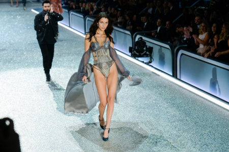 Bella Hadid and The Weeknd are amicable exes at the Victoria Secret Fashion Show