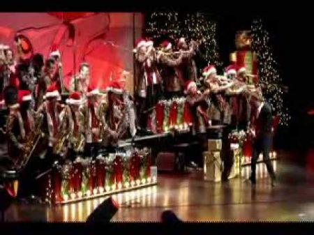 Brian Setzer Christmas.The Brian Setzer Orchestra Axs