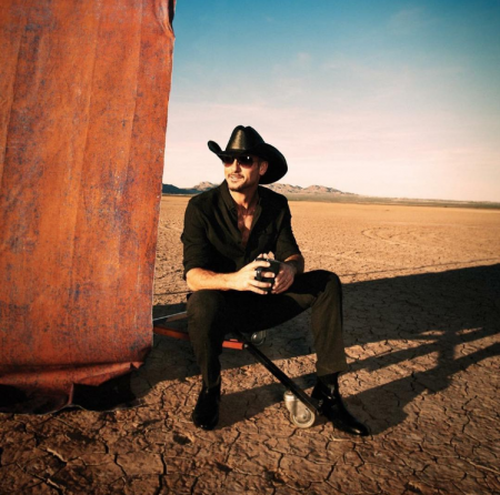 Tim McGraw, Toby Keith and Maxwell lead best concerts in Las Vegas for the week of Dec. 5