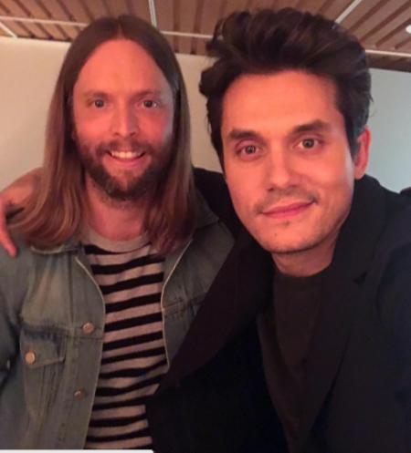 John Mayer was joined by buddy and Maroon 5 guitarist James Valentine for his performance on Fallon on Tuesday.