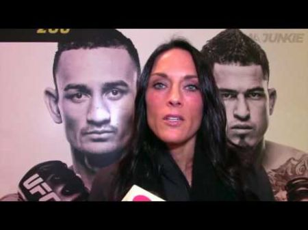 Valerie Letourneau becomes first female in UFC to compete in three different divisions