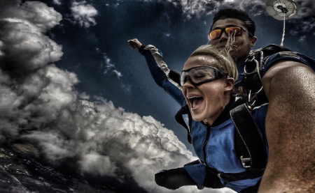 Carrie Underwood goes skydiving in Sidney, Australia.