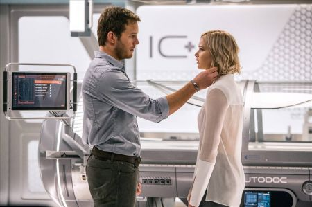 Movie reviews: 'Passengers' defies gravity, and logic