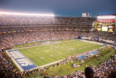 The San Diego Chargers host the Oakland Raiders on Sunday at Qualcomm Stadium, as the two teams play for the 115th time in history. Dating b