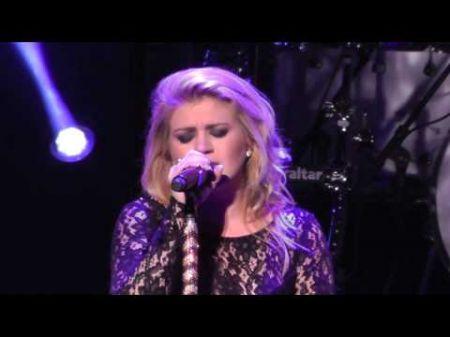 ICYMI: Kelly Clarkson says new album sounding like Mariah Carey, Whitney Houston, Aretha Franklin