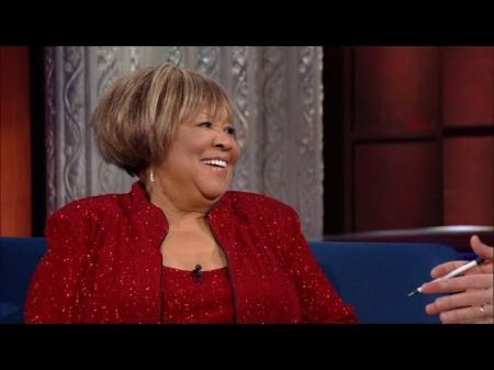 Mavis Staples never loses spark from her soul or her sparkle as Kennedy Center honoree