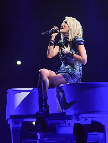 Carrie Underwood nearly sells out her 2016 Storyteller Tour.