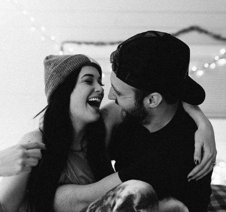 Kacey Musgraves gets engaged to Ruston Kelly on Christmas Eve 2016.
