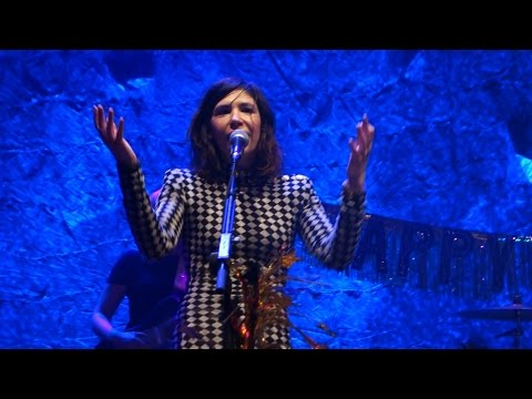 Sleater-Kinney rings in 2017 with George Michael, David Bowie covers in San Francisco