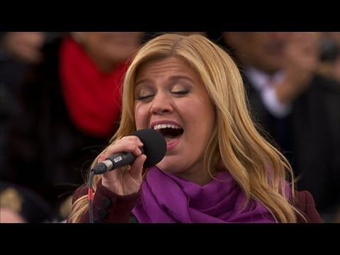 Rewind: Kelly Clarkson's 2013 Inauguration Day performance ranks in top 5