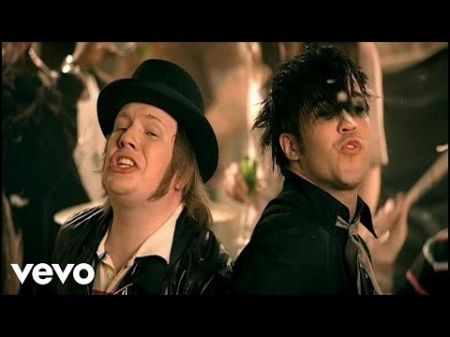 Fall Out Boy's 'Infinity On High' turns ten years old in 2017