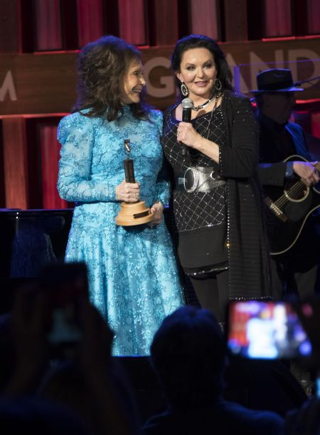 Loretta Lynn and Crystal Gayle at the Grand Ole Opry on January 21, 2017.
