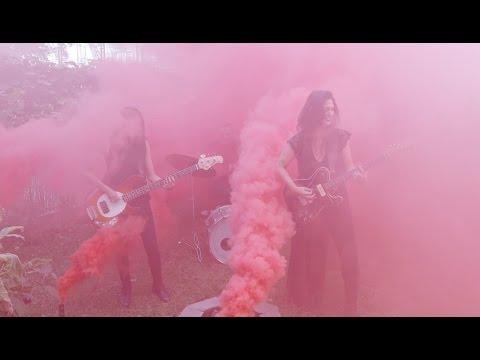 Upcoming alt-rock trio Vaureen drop new EP 'Violence'