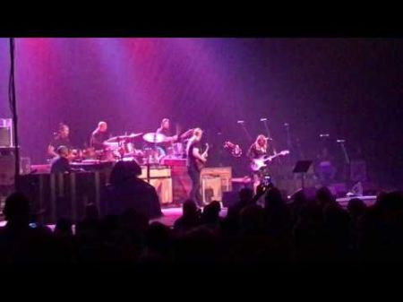 Watch: Tedeschi Trucks pay tribute to late Allman Brothers drummer Butch Trucks