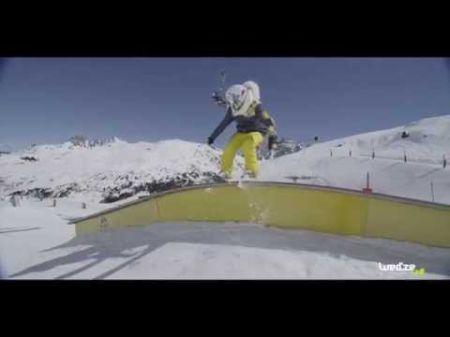 Marie Martinod wins women's superpipe skiing at 2017 Winter X Games
