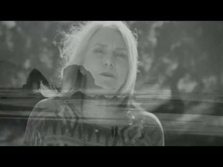Pegi Young: My goal is to write universal songs