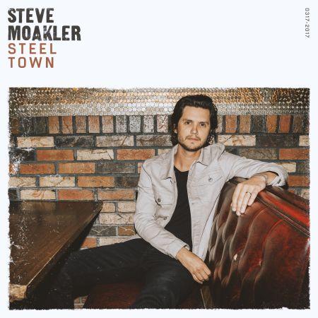 Steve Moakler announces his fourth album, Steel Town.
