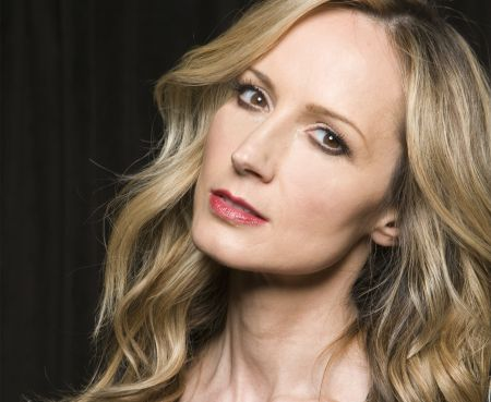 Chely Wright plays New York City's City Vineyard at Pier 26.