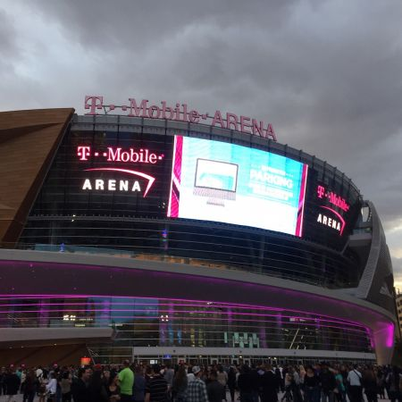 The Pac-12 men's basketball tournament kicks off at T-Mobile Arena in Las Vegas this week, and tickets are available at AXS.com. The Oregon