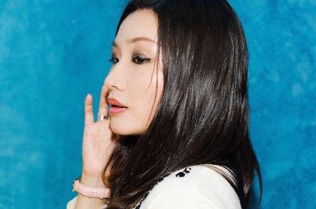 Music prodigy, Amanda Wu, exclusively premiere's new jazz single on AXS