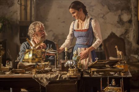 Movie review:  'Beauty and the Beast' faithfully recreates the classic Disney film
