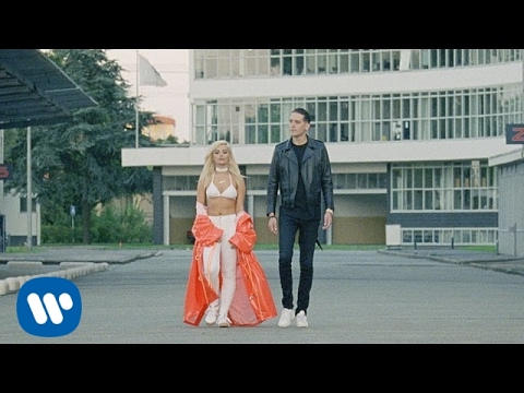 Bebe Rexha and G-Eazy get friendly in new 'F.F.F.' music video