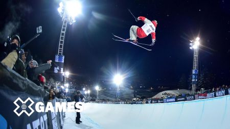 Blunck wins gold medal in men's halfpipe skiing at World Championships