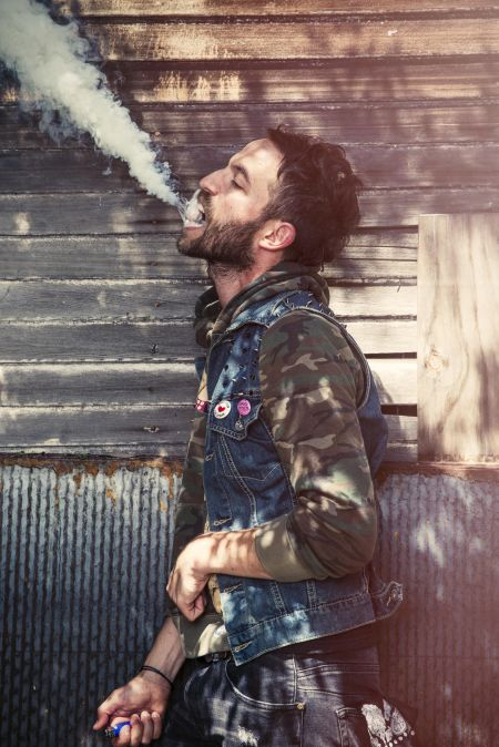 Buzz act Mondo Cozmo announces his first ever North American tour