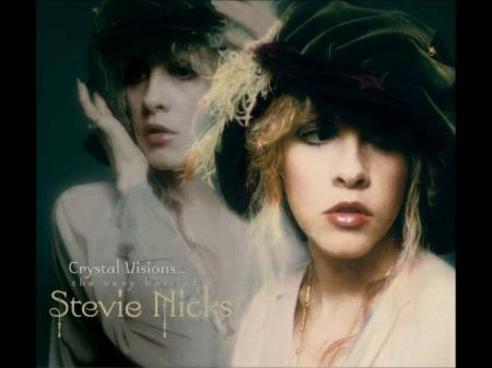 Stevie Nicks' '24 Karat Gold' shines in Pittsburgh
