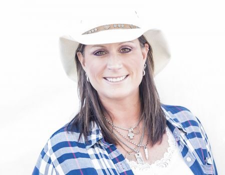 Interview Terri Clark Talks Country Thunder 90s Music And Hosting Her Radio Show