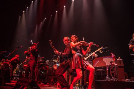 Review: Hans Zimmer rocks the Entertainment Capital of the ... on
