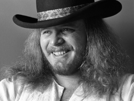 7b012abc5 Listen to Ronnie Van Zant's haunting solo vocal track from Skynyrd's ...