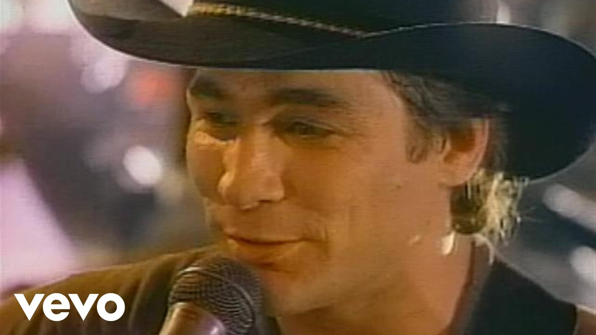 Clint Black announces additional headlining tour dates for 2017