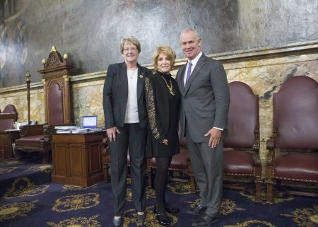 Jeannie Seely's home state of Pennsylvania honors her with House Resolution on April 26, 2017