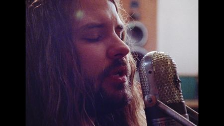 Interview: Brent Cobb's quiet coup