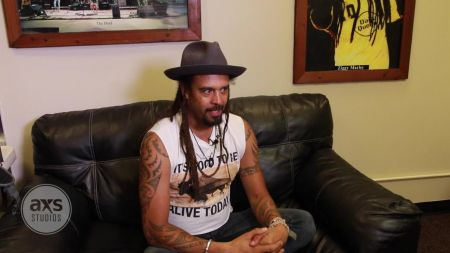 Michael Franti & Spearhead announce special 'Love Out Loud Yoga' event at Red Rocks