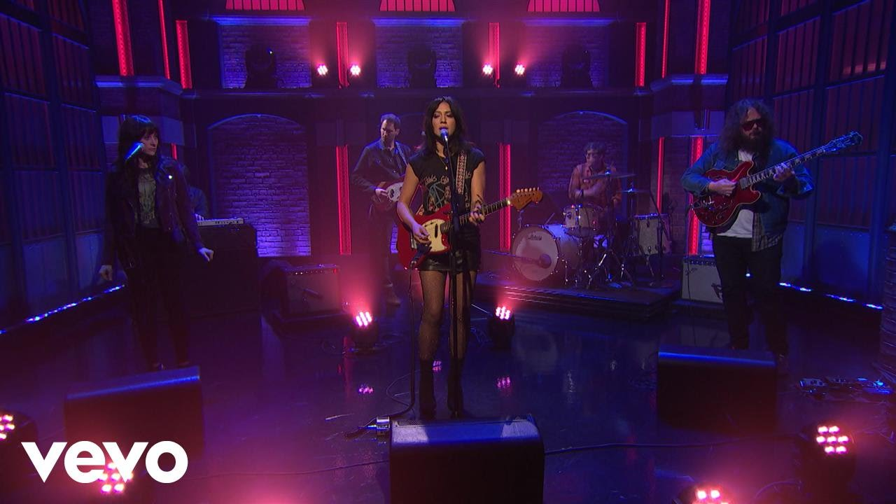 Michelle Branch announces summer tour in support of 'Hopeless Romantic'