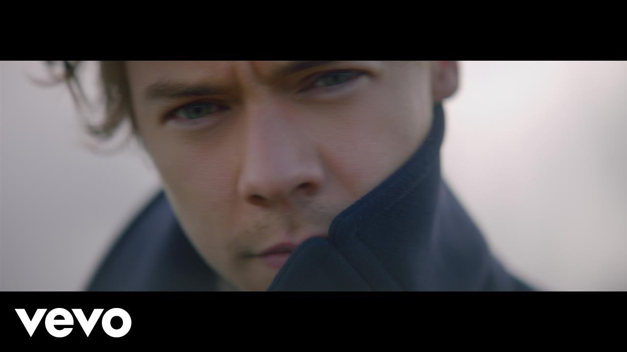Watch: Harry Styles soars through sky in killer new 'Sign ...