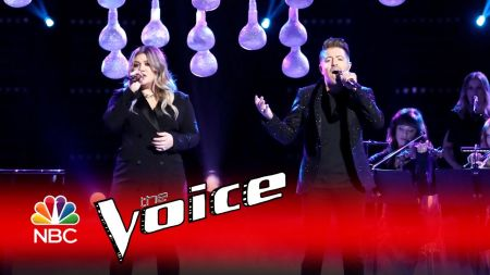 Kelly Clarkson named coach of 'The Voice' for next year's Season 14